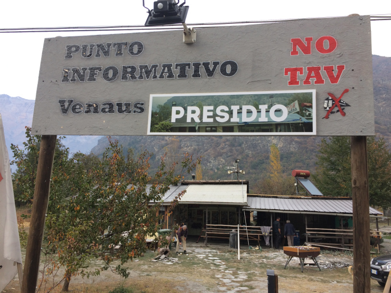 La Credenza Meaning : No tav: feeding the fire of resistance in northern italy