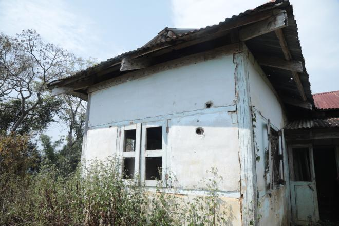 A worn-out house of an IDP family in northern Shan State