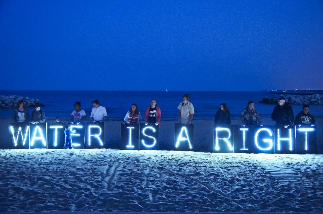 Water is a right protest in US